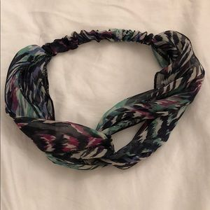 Multi print tie headband